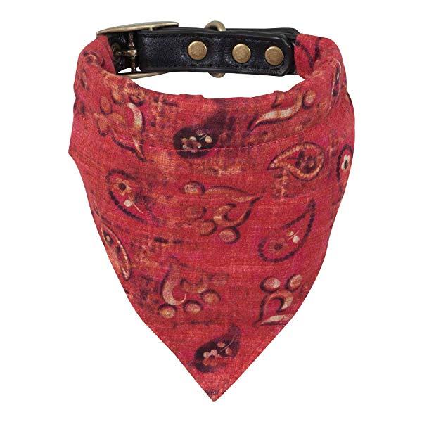 Country music gift: Miranda Lambert's Bandana Dog Collar