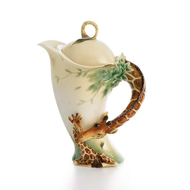 Endless Beauty Giraffe Design Sculptured Porcelain Teapot